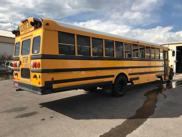 2001 FREIGHTLINER THOMAS - USED BUS FOR SALE - STOCK NO. FR01-109207