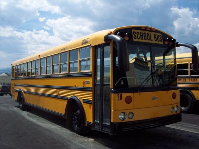 2003 THOMAS RE - USED BUS FOR SALE - STOCK NO. TH03-130773